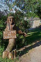 France, Aude (11), écluse d'Aiguille, Canal du Midi, classé Patrimoine Mondial de l'UNESCO // France, Languedoc-Roussillon, Aude (11), Canal du Midi, lock of Aiguille