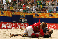 Football-FIFA Beach Soccer World Cup 2006 - Semi Finals, France - Uruguay, Beachsoccer World Cup 2006. Uruguay's  players celebrate the victory. Rio de Janeiro - Brazil 11/11/2006. Mandatory credit: FIFA/ Manuel Queimadelos