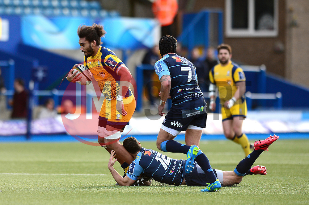 Chris Vui of Worcester Warriors is challenged by Jackson Willison of Worcester Warriors - Mandatory by-line: Dougie Allward/JMP - 04/02/2017 - RUGBY - BT Sport Cardiff Arms Park - Cardiff, Wales - Cardiff Blues v Worcester Warriors - Anglo Welsh Cup
