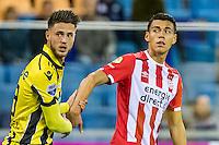 ARNHEM - Vitesse - PSV , Voetbal , Eredivisie , Seizoen 2016/2017 , Gelredome , 29-10-2016 ,  Vitesse speler Ricky van Wolfswinkel (l) en PSV speler Hector Moreno (r)