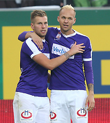 23.10.2016, Allianz Stadion, Wien, AUT, 1. FBL, SK Rapid Wien vs FK Austria Wien, 12 Runde, im Bild Alexander Gruenwald (FK Austria Wien) und Raphael Holzhauser (FK Austria Wien) // during Austrian Football Bundesliga Match, 12th Round, between SK Rapid Vienna and FK Austria Wien at the Allianz Stadion, Vienna, Austria on 2016/10/23. EXPA Pictures © 2016, PhotoCredit: EXPA/ Thomas Haumer