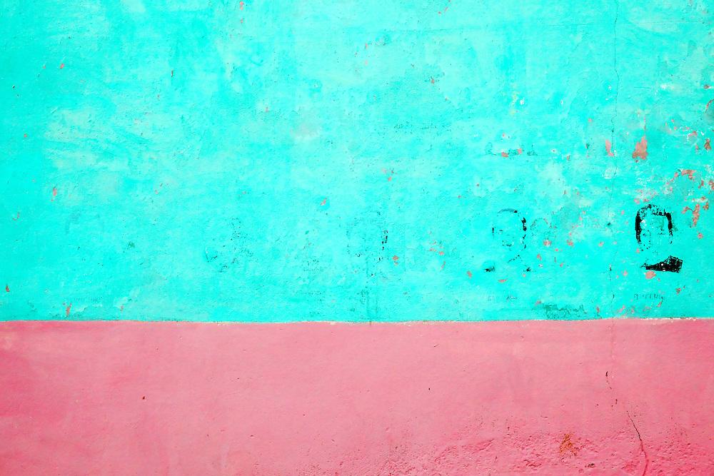 Fading Volveran in Manzanillo, Granma, Cuba.