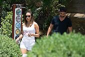 Eva Longoria lunch with husband in Marbella
