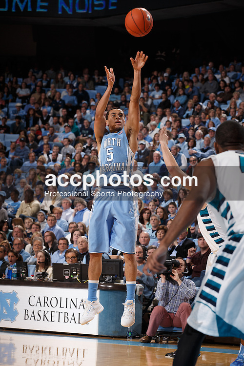 CHAPEL HILL, NC - DECEMBER 31: Marcus Paige #5 of the North Carolina Tar Heels plays the UNC Wilmington Seahawks on December 31, 2013 at the Dean E. Smith Center in Chapel Hill, North Carolina. North Carolina defeated UNC Wilmington 84-51. (Photo by Peyton Williams/UNC/Getty Images) *** Local Caption *** Marcus Paige