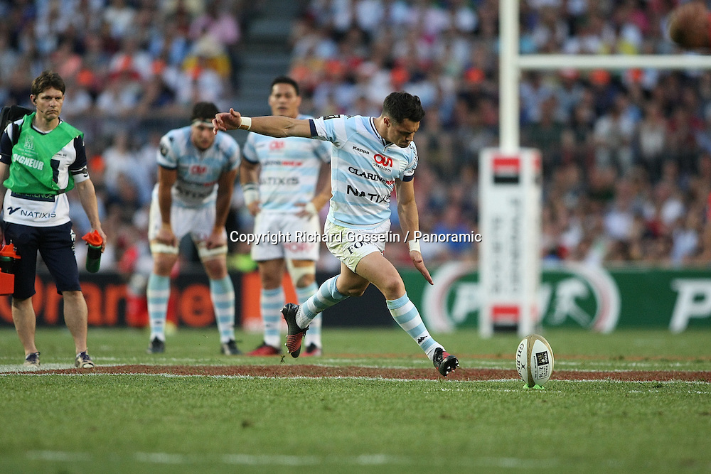 Dan Carter of Racing 92 kicks.<br /> Top 14 French Rugby Union league final, Toulon v Racing 92 at Barcelona's Nou Camp. 24 June 2016.<br /> Copyright photo: Panoramic / www.photosport.nz