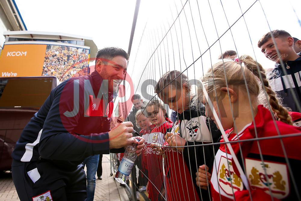 Bristol City head coach Lee Johnson signs autographs for fans - Mandatory by-line: Robbie Stephenson/JMP - 05/05/2019 - FOOTBALL - KCOM Stadium - Hull, England - Hull City v Bristol City - Sky Bet Championship