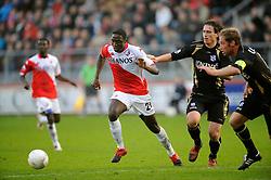 08-11-2009 VOETBAL: FC UTRECHT - HEERENVEEN: UTRECHT<br /> Utrecht verliest met 3-2 van Heerenveen / Jacob Mulenga en Daryl Janmaat<br /> ©2009-WWW.FOTOHOOGENDOORN.NL
