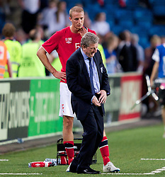26.05.2012, Ullevaal Stadion, Oslo, NOR, UEFA EURO 2012, Testspiel, Norwegen vs England, im Bild Norway's captain Brede Hangeland (Fulham) watches him former boss and England manager Roy Hodgson during the Preparation Game for the UEFA Euro 2012 betweeen Norway and England at the Ullevaal Stadium, Oslo, Norway on 2012/05/26. EXPA Pictures © 2012, PhotoCredit: EXPA/ Propagandaphoto/ Vegard Grott..***** ATTENTION - OUT OF ENG, GBR, UK *****