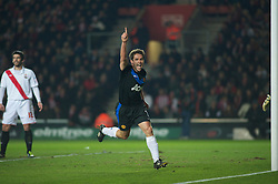 SOUTHAMPTON, ENGLAND - Saturday, January 29, 2011: Manchester United's Michael Owen cel;ebrates scoring the equalising goal to msake it 1-1 against Southampton during the FA Cup 4th Round match at St. Mary's Stadium. (Photo by Gareth Davies/Propaganda)