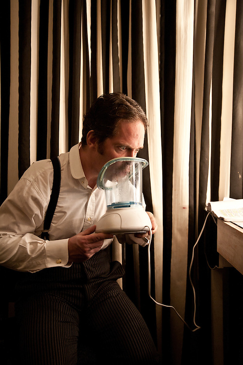 TOM HOLLANDER | FLEA IN HER EAR | JANUARY 2011