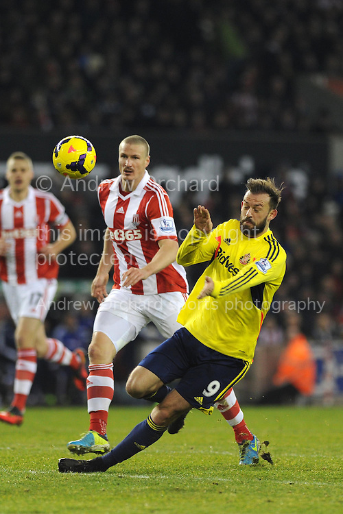 Steven Fletcher of Sunderland in action. Barclays Premier league, Stoke city v Sunderland at the Britannia stadium in Stoke on Trent, England on Saturday 23rd Nov 2013. pic by Andrew Orchard, Andrew Orchard sports photography,