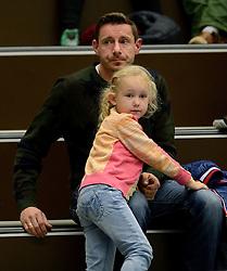 13-12-2014 NED: Prins VCV - Abiant Lycurgus, Veenendaal<br /> Lycurgus wint met 3-1 van VCV / Dirk Jan van Gendt met zijn dochter