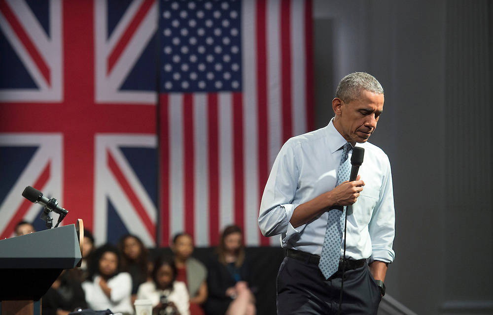 US President Barack Obama takes part in a town hall meeting at the Lindley Hall in London, Britain, 23 April 2016. US President Obama is on a three day visit to the UK. EPA/WILL OLIVER