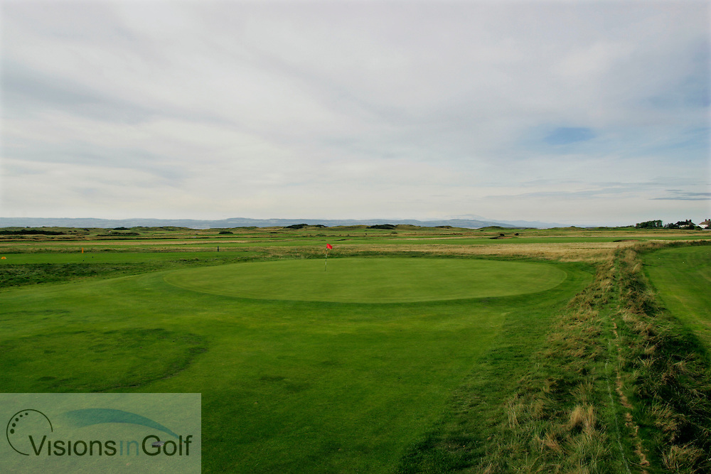 1st hole with out of bounds on the tight, Royal Liverpool GC, Hoylake, UK.<br /> Picture Credit:  Mark Newcombe / visionsingolf.com
