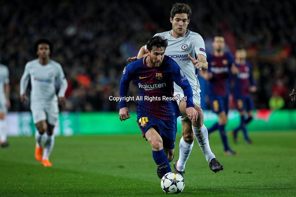 14th March 2018, Camp Nou, Barcelona, Spain; UEFA Champions League football, round of 16, 2nd leg, FC Barcelona versus Chelsea; Lionel Messi, #10 of Barcelona drives forward away from the chase of Alonso