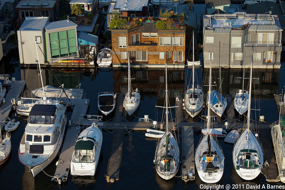Boat moorage, houseboats, Lake Union, Seattle, Washington, USA