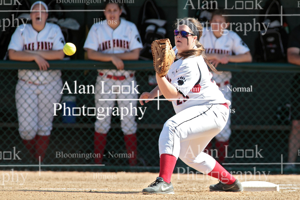 09 May 2014:  Sally Snarski during an NCAA Division III women's softball championship series game between the Lake Forest Foresters and the Illinois Wesleyan Titans in Bloomington IL