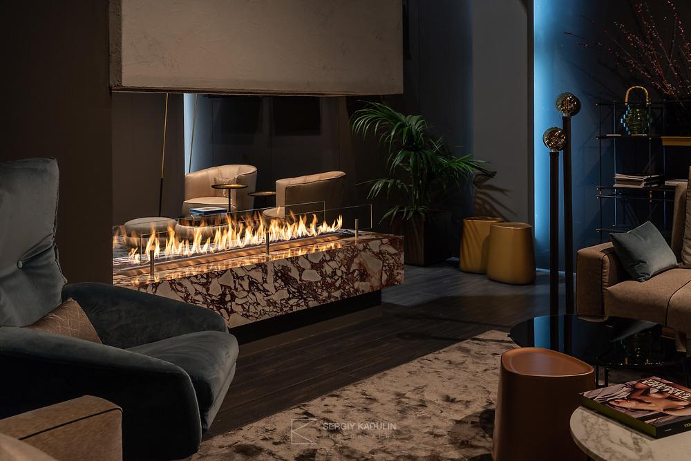 Фотосъемка камина производства компании Planika (Польша) в интерьере, на выставке iSaloni, Милан.