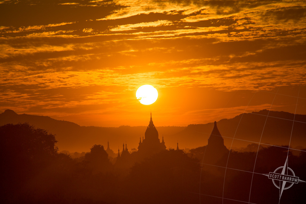 Sunset view of pagodas and temples in Bagan, Myanmar.