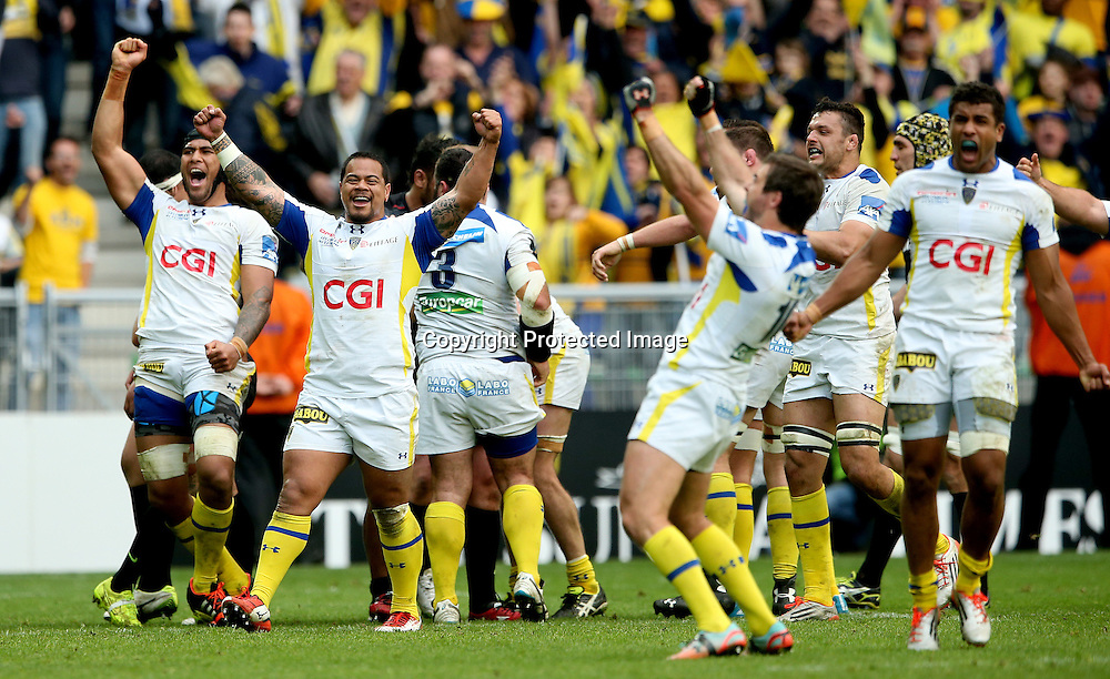 European Rugby Champions Cup Semi-Final, Stade Geoffroy-Guichard, Saint-Etienne, France 18/4/2015<br /> ASM Clermont Auvergne vs Saracens<br /> Clermont's S&eacute;bastien Vahaamahina and John Ulugia celebrate at the final whistle<br /> Mandatory Credit &copy;INPHO/James Crombie