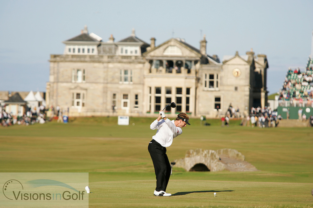 Brad Faxon<br />The Open Championship 2005, St. Andrews Old GC, Scotland. <br />Picture credit: Mark Newcombe / visionsingolf.com