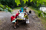 BC00637-00...MONTANA - Map and route review at Graves Creek Camp along the Great Divide Route.