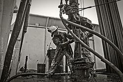 FOTÓGRAFO: Jaime Villaseca ///<br /> <br /> Extracción de tubing, San Sebastián, Tierra del Fuego.