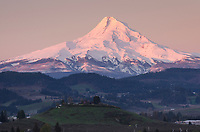 Mount Hood Oregon, Cascade Range stratovolcano elevation 11,249 ft (3,429 m), seen from Hood River Valley, Oregon