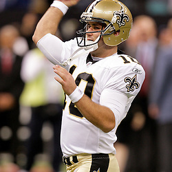 2009 October 18: New Orleans Saints quarterback Chase Daniel throws during warm ups prior to kickoff of a 48-27 win by the New Orleans Saints over the New York Giants at the Louisiana Superdome in New Orleans, Louisiana.