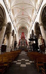 THEMENBILD - Die Sint-Andrieskerk ist eine katholische Kirche in Antwerpen, welche im 16. Jahrhundert gebaut wurde. Im Bild der Innenbereich der Kirche, Aufgenommen am 27. Juli 2016 // The St. Andrew's Church is a Catholic church in Antwerp built in the 16th century. This image shows the interior of the church, Antwerp, Belgium on 2016/07/27. EXPA Pictures © 2016, PhotoCredit: EXPA/ Sebastian Pucher