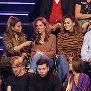 NLD/Amsterdam/20181107 - Opname Boxingstars 2018, 2e aflevering, Olcay Gulsen, vader Ron Brandsteder, moeder Yvonne Baggen en broer Bob