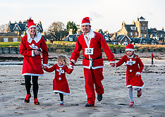 Santa Run, North Berwick, 15 December 2019