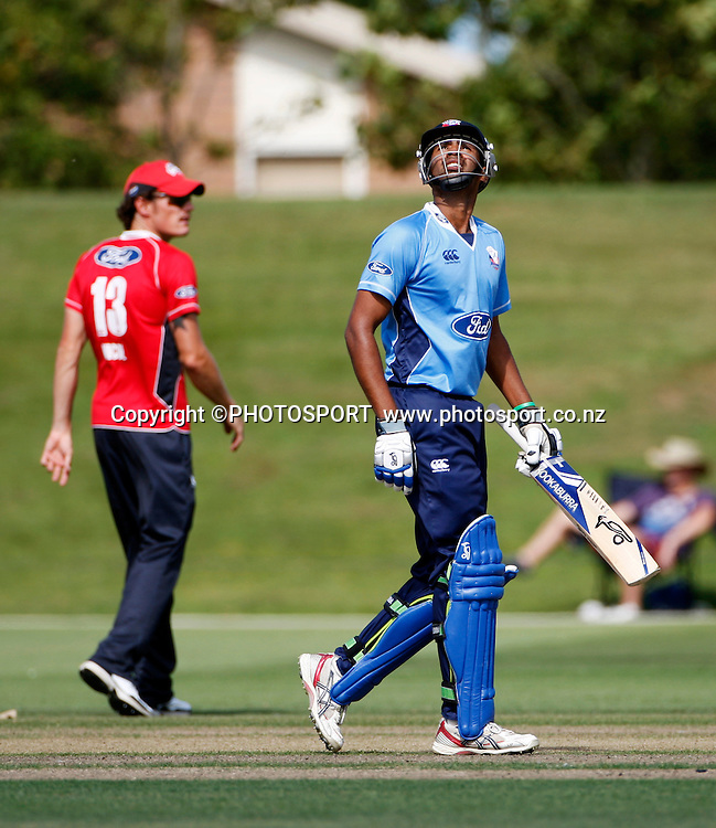 Auckland batsman Jeet Raval looks skyward following reaching his 50 during his innings. Canterbury Wizards v Auckland Aces in the One Day Competition, Preliminary Semi Final. QEII Park, Christchurch, New Zealand. Sunday, 06 February 2011. Joseph Johnson / PHOTOSPORT.