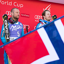 02.12.2016, Val d Isere, FRA, FIS Weltcup Ski Alpin, Val d Isere, Super G, Herren, Siegerpräsentation, im Bild v.l. Aksel Lund Svindal (NOR, 2. Platz), Kjetil Jansrud (NOR, 1. Platz) // f.l.t.r. second Placed Aksel Lund Svindal of Norway, race winner Kjetil Jansrud of Norway during the winner presentation for the men's SuperG of the Val d Isere FIS Ski Alpine World Cup.. Val d'Isere, France on 2016/02/12. EXPA Pictures © 2016, PhotoCredit: EXPA/ Johann Groder