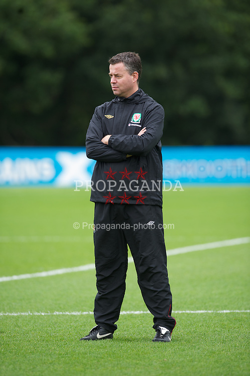 CARDIFF, WALES - Monday, August 8, 2011: Wales' assistant manager Raymond Verheijen during training at the Vale of Glamorgan ahead of the International Friendly match against Australia. (Photo by David Rawcliffe/Propaganda)