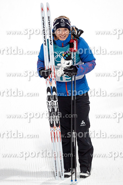 12.02.2018, Alpensia Biathlon Centre, Pyeongchang, KOR, PyeongChang 2018, Biathlon, Damen, Verfolgung, im Bild Anais Bescond (FRA, 3. Platz) // bronce medalist Anais Bescond of France during the Ladies Biathlon Pursuit of the Pyeongchang 2018 Winter Olympic Games at the Alpensia Biathlon Centre in Pyeongchang, South Korea on 2018/02/12. EXPA Pictures © 2018, PhotoCredit: EXPA/ Johann Groder