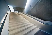 Militärhistorisches Museum, Treppe im Neubau (von Liebeskind), Neustadt, Dresden, Sachsen, Deutschland | Military Museum, staircase in annex by Liebeskind, Neustadt, Dresden, Saxony, Germany,