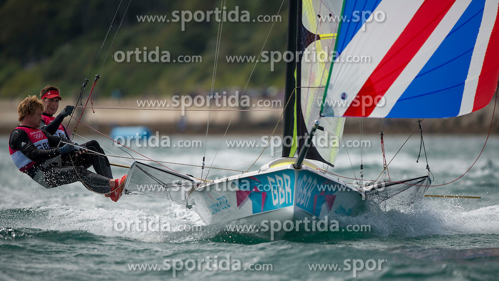 06.08.2012, Bucht von Weymouth, GBR, Olympia 2012, Segeln, im Bild Morrison Stephen, Rhodes Ben, (GBR, 49er) // during Sailing, at the 2012 Summer Olympics at Bay of Weymouth, United Kingdom on 2012/08/06. EXPA Pictures © 2012, PhotoCredit: EXPA/ Juerg Kaufmann ***** ATTENTION for AUT, CRO, GER, FIN, NOR, NED, POL, SLO and SWE ONLY!