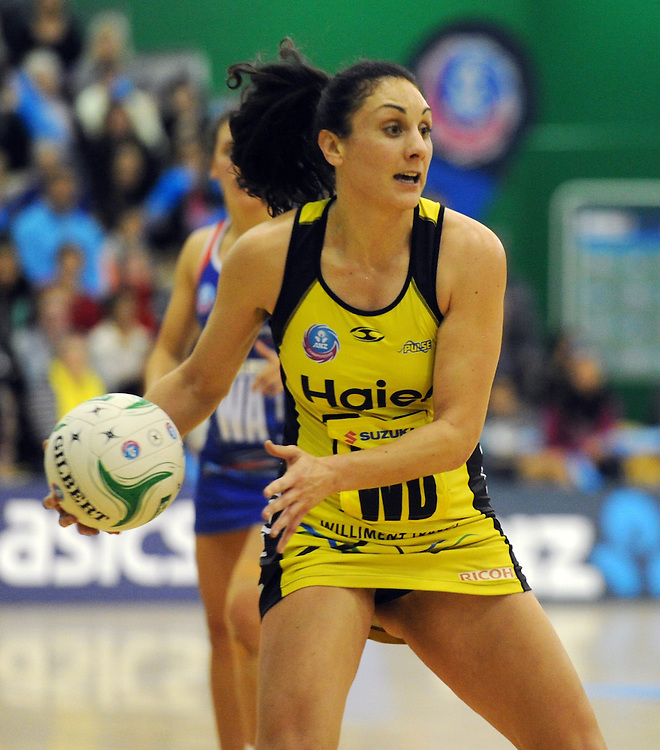 Pulse's Joline Henry against the Mystics in the ANZ Championship netball, Arena Manawatu, Palmerston North, New Zealand, Sunday, May 18, 2014. Credit:SNPA / Ross Setford