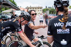 Wiggle High5 have a pre-race sing-along Stage 1 of the Giro Rosa - a 11.5 km team time trial, between Aquileia and Grado on June 30, 2017, in Friuli-Venezia Giulia, Italy. (Photo by Sean Robinson/Velofocus.com)