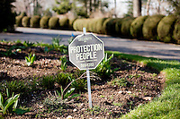9 April, 2009. Brookville, NY. A security notice sign is here at the entrance of a residence on Wood Acres Road in Brookville, NY. The majority of the residences in Brookville have security systems. The Gold Coast village of Brookville is the wealthiest community in the United States, according to a survey published Wednesday by BusinessWeek magazine.<br /> <br /> Brookville was one of nine Long Island communities to make the magazine's list of the country's 25 wealthiest towns, based on research by the Gadberry Group, of Little Rock, Ark.<br /> <br /> The village's mayor, Caroline Zimmermann Bazzini, said Brookville residents likely felt the pain of recession much less than most other folks.<br /> <br /> Brookville residents had the highest average net worth of any town on the list: $1.67 million. The enclave's well-to-do denizens had an average annual income of $328,000, ranking it seventh on the list.<br /> <br /> ©2009 Gianni Cipriano<br /> cell. +1 646 465 2168 (USA)<br /> cell. +1 328 567 7923 (Italy)<br /> gianni@giannicipriano.com<br /> www.giannicipriano.com