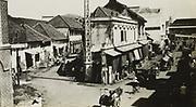 Kembang Djepan westwaarts naar de Roode Brug te Soerabaja