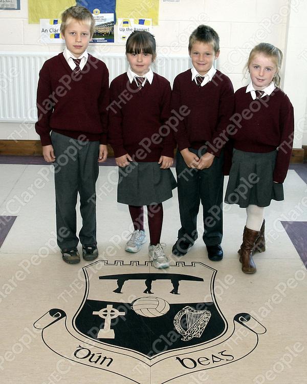 First Communion Class, Sn Dun Beag, Doonbeg.<br /> Picture ( Brendan Gleeson )