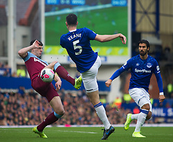Michael Keane of Everton (C) has a shot at goal - Mandatory by-line: Jack Phillips/JMP - 19/10/2019 - FOOTBALL - Turf Moor - Burnley, England - Burnley v Everton - English Premier League