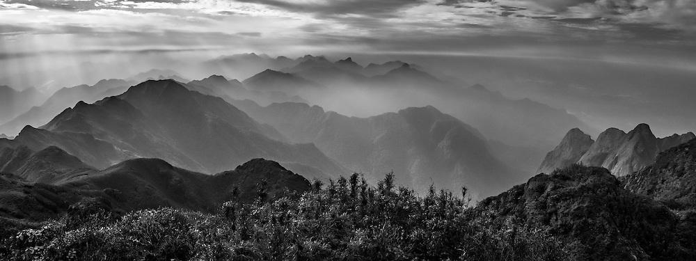 Vietnam Images-Phong cảnh sapa-Đỉnh Fansipan