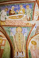 Italie, Frioul-Venetie Julienne, Aquilée, Aquileia, Basilique patriarcale de Santa Maria Assunta, la crypte des fresques, 9e siècle // Italy, Friuli Venezia Aquilee, Aquileia, Patriarchal Basilica of Santa Maria Assunta, Ninth-century Christian frescoes, crypt ceiling,