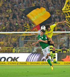 23.08.2013, Signal Iduna Park, Dortmund, GER, 1. FBL, Borussia Dortmund vs SV Werder Bremen, 3. Runde, im Bild Zlatko Junuzovic (Bremen #16) im Kopfballduell mit Mats Hummels (BVB Borussia Dortmund #15) // duringthe German Bundesliga 3rd round match between Borussia Dortmund and SV Werder Bremen at the Signal Iduna Park, Dortmund, Germany on 2013/08/23. EXPA Pictures © 2013, PhotoCredit: EXPA/ Andreas Gumz <br /> <br /> ***** ATTENTION - OUT OF GER *****