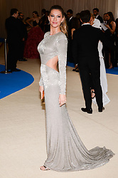 Gisele Bundchen arriving at The Metropolitan Museum of Art Costume Institute Benefit celebrating the opening of Rei Kawakubo / Comme des Garcons : Art of the In-Between held at The Metropolitan Museum of Art  in New York, NY, on May 1, 2017. (Photo by Anthony Behar) *** Please Use Credit from Credit Field ***