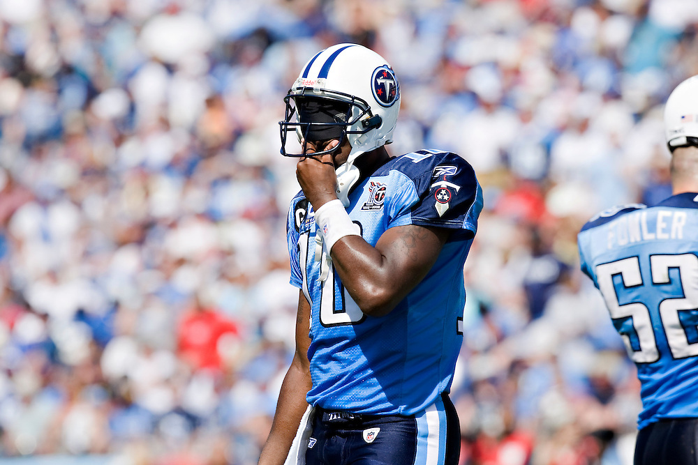 NASHVILLE, TN - SEPTEMBER 7:   Vince Young #10 of the Tennessee Titans reacts after not making a first down against the Jacksonville Jaguars at LP Field on September 7, 2008 in Nashville, Tennessee.  The Titans defeated the Jaguars 17-10.  (Photo by Wesley Hitt/Getty Images) *** Local Caption *** Vince Young