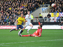 Kemar Roofe of Oxford United scores his second.  - Mandatory byline: Alex James/JMP - 10/01/2016 - FOOTBALL - Kassam Stadium - Oxford, England - Oxford United v Swansea City - FA Cup Third Round